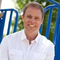 Dr. Daniel Hendricks